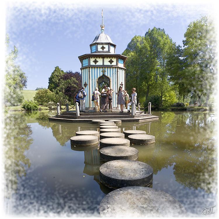 G rard de temmerman photographies for Apremont sur allier jardin