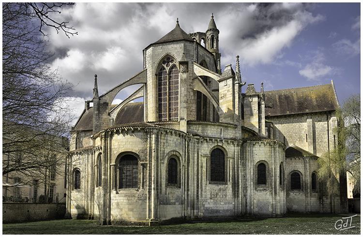 Poitiers - Eglise de St Jean de Montierneuf #7465